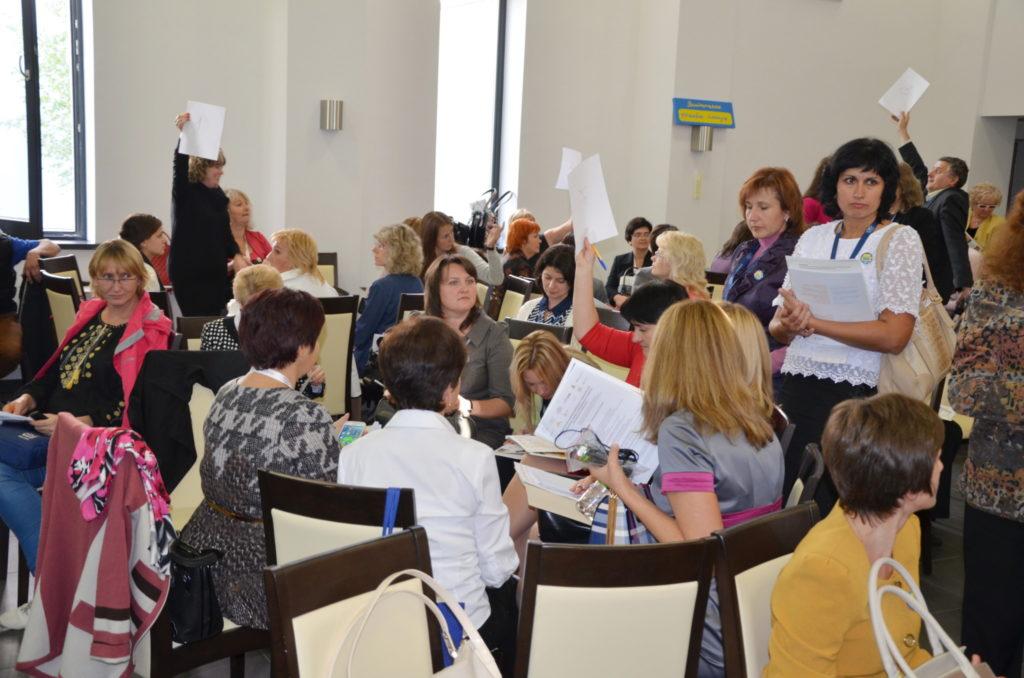 Ukraińscy nauczyciele pracują w grupach